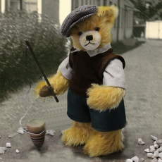 Spintop Bear 33 cm Teddy Bear by Hermann-Coburg