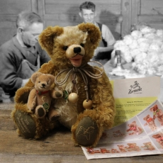 25th Sonneberg Museums Bear 36 cm Teddy Bear by Hermann-Coburg