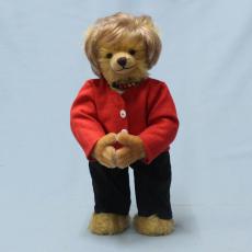 Angela Merkel  16 Jahre Bundeskanzlerin der Bundesrepublik Deutschland 2005 – 2021  38 cm Teddy Bear by Hermann-Coburg