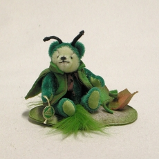 Kleine Reblaus 14 cm Teddy Bear by Hermann-Coburg