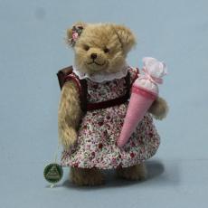 Schulkind Mädchen 22 cm Teddy Bear by Hermann-Coburg