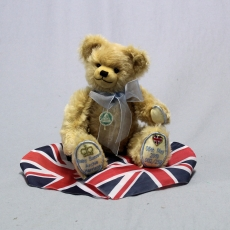 Royal Baby Sussex 33 cm Teddy Bear by Hermann-Coburg