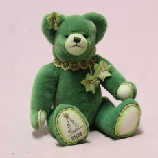A Christmas Tree for Smooching 32 cm Teddy Bear by Hermann-Coburg