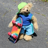 Skater Toni 32 cm Teddy Bear by Hermann-Coburg