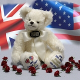 Royal Wedding Bear 2018  HRH Prince Harry and Meghan  35 cm Teddybär von Hermann-Coburg