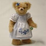 Zwiebelmuster-Liesel 35 cm Teddy Bear by Hermann-Coburg
