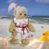 Sommer - Sonne - Ferienzeit  Strand – Lilly 32 cm Teddybär von Hermann-Coburg